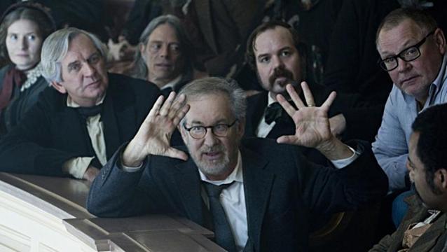 "Steven Spielberg verfilmt ""American Sniper"" mit Bradley Cooper"