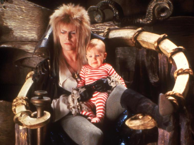 """In """"Die Reise ins Labyrinth"""" wurde Baby Toby Froud von David Bowie gefangen gehalten."""
