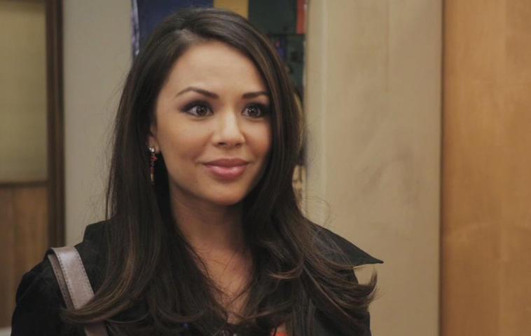 Pretty Little Liars, Staffel 7: Die dunkle Mona ist zurück