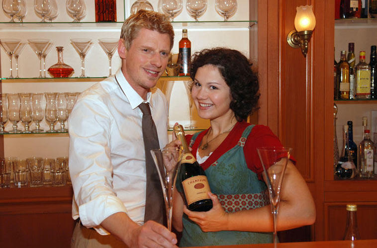 Emma (Ivanka Brekalo) und Felix (Martin Gruber) - Sturm der Liebe