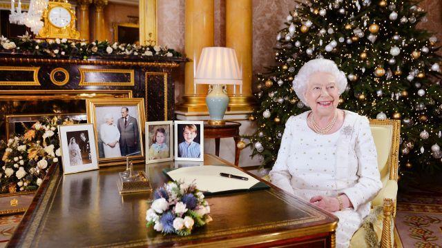 Queen Elizabeth II: Weihnachtsstimmung auf Schloss Windsor