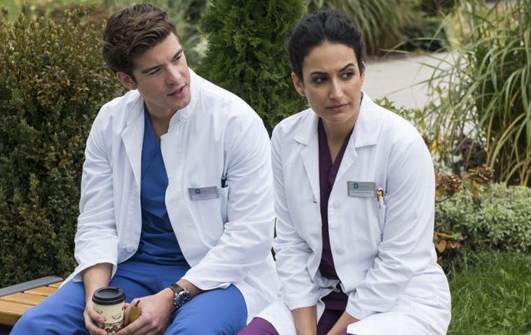 """Geplatzte Hochzeit bei """"Die jungen Ärzte"""": So geht es mit Beyla weiter!"""