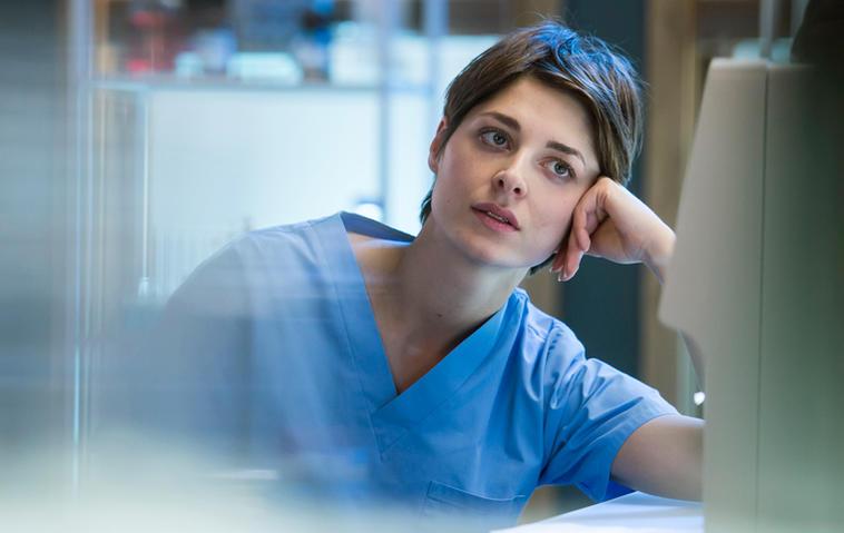 """""""Die jungen Ärzte""""-Theresa: Schwanger von Marc?"""