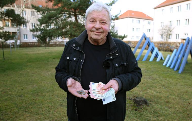 Armes Deutschland Rentner Reinhard