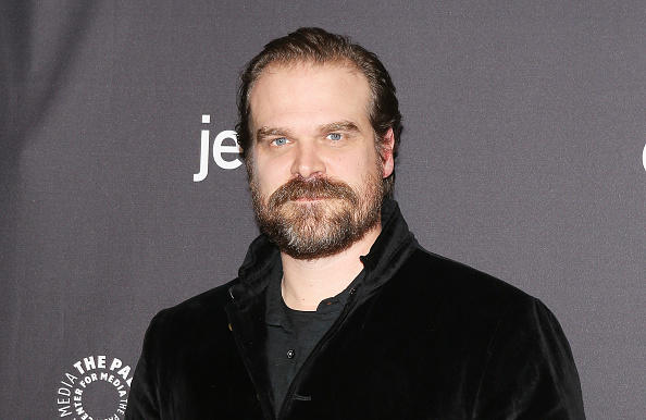 """Stranger Things""-Star David Harbour: Bewegendes Geständnis"
