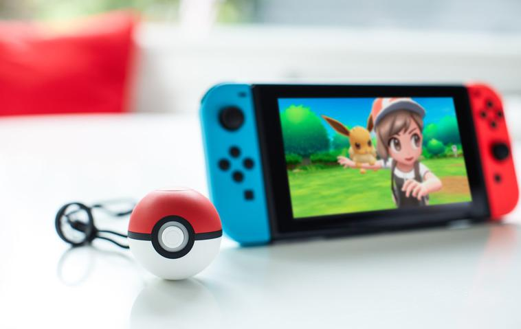 Pokemon Let's Go Pokeball Plus