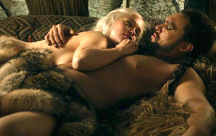 """Game of Thrones"": Emilia Clarke / Daenerys Targaryen und Khal Drogo (Jason Momoa)"