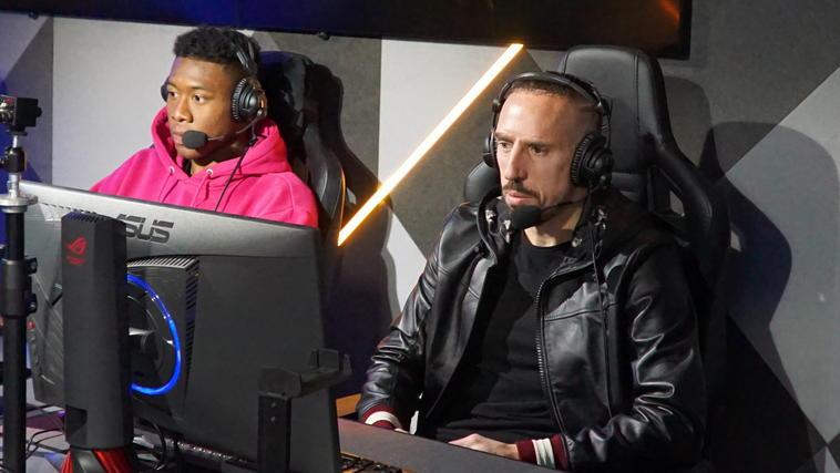 Alaba und Ribery zocken Black Ops 4
