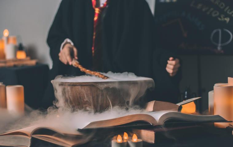 So sieht das perfekte Harry Potter Kostüm für Kinder aus