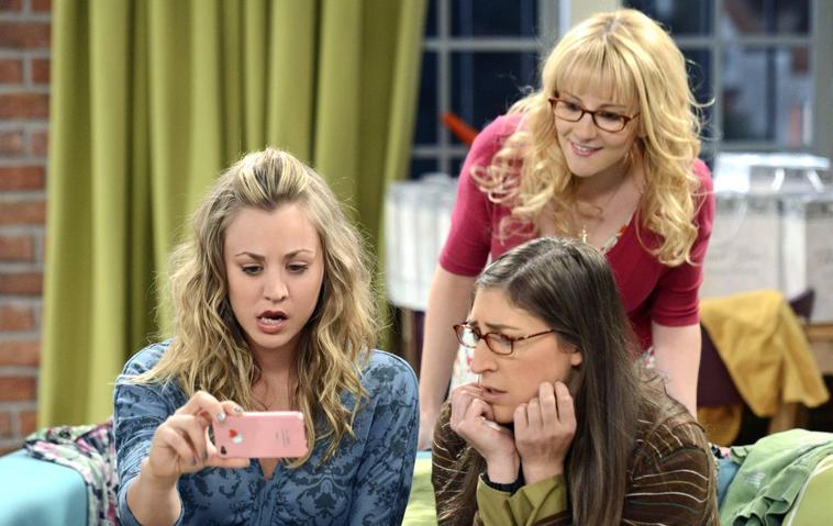 """Melissa Rauch alias Bernadette aus """"Big Bang Theory"""" kaum wiederzuerkennen - penny - amy"""