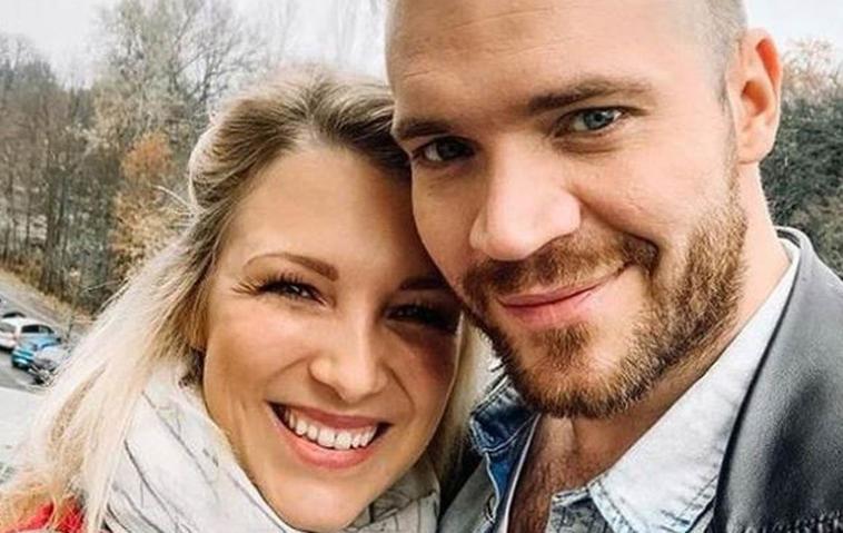 Kuscheliges GZSZ-Foto: Was geht da bei Lilly und Erik?
