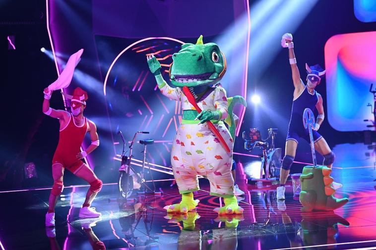 """""""The Masked Singer"""": Dieser Promi gewinnt im Dino-Kostüm"""