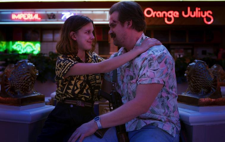 Stranger Things: SO haben wir Eleven und Hopper noch nie gesehen!