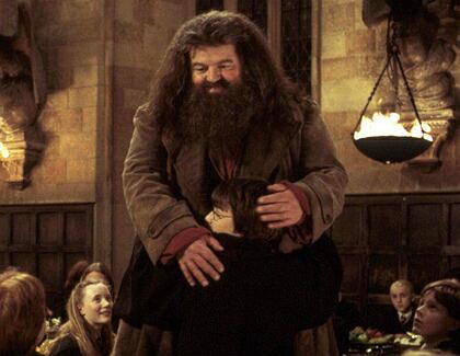 """Harry Potter""-Riese Hagrid muss 50 Kilo abnehmen"