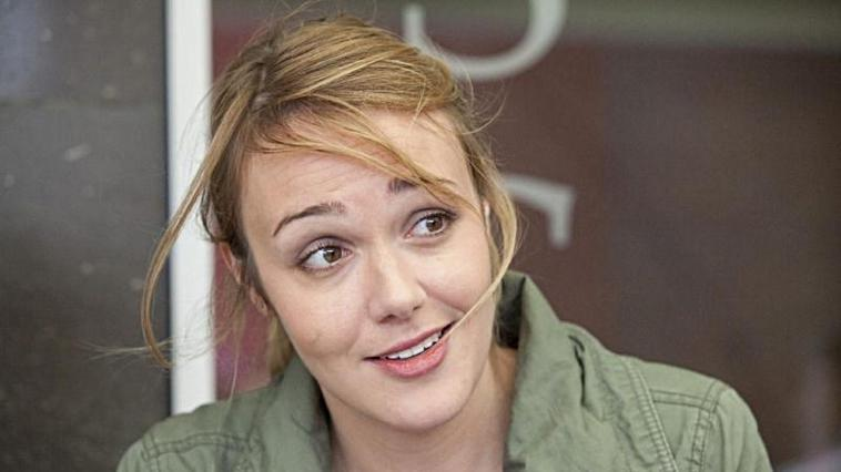 "Alwara Höfels ermittelt mit Joachim Król im neuen ""Tatort"""