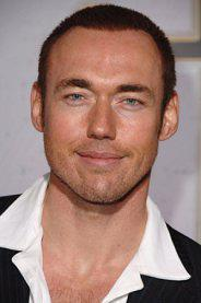 """Kevin Durand neben Russell Crowe in """"Noah"""""""