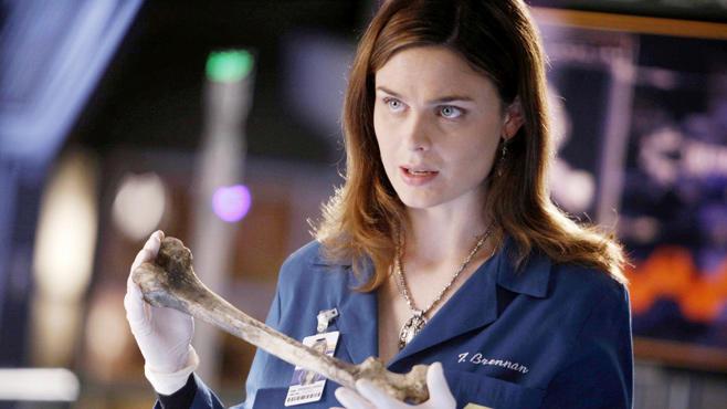 Emily Deschanel, Bones