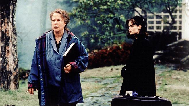 """31.10., 20:15 Uhr, TELE 5: """"Dolores"""" - Fesselnd, spannend, zutiefst tragisch"""