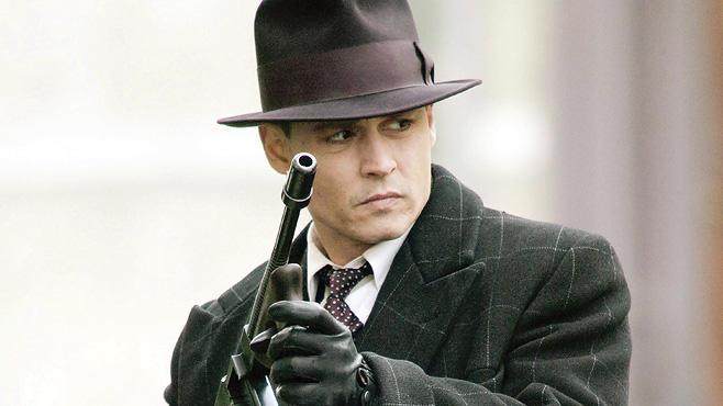 Public Enemies, Free-TV-Premiere, 5.12., 22.15 Uhr, ZDF: Gangster-Drama um Bankräuber John Dillinger (Johnny Depp)!