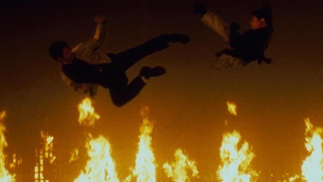Romeo Must Die, 10.12., 22.15 Uhr, ProSieben: Han (Jet Li) will den Mord an seinem Bruder rächen. Heißer Mix aus Hip-Hop, Haue und Shakespeare!
