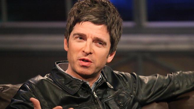 """Noel Gallagher findet Weihnachten insgesamt sehr gruselig: """"Ich hasse Weihnachten wirklich. Ich hasse die Musik, die Werbung, Mince Pies und Truthahn."""""""