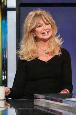Goldie Hawn in einer Talkshow.