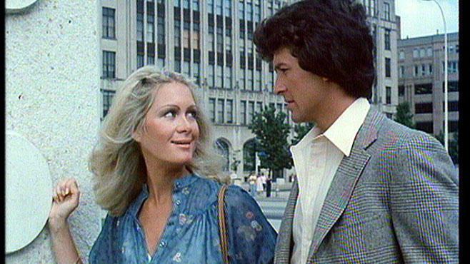 Joan Van Ark in einer Folge Dallas