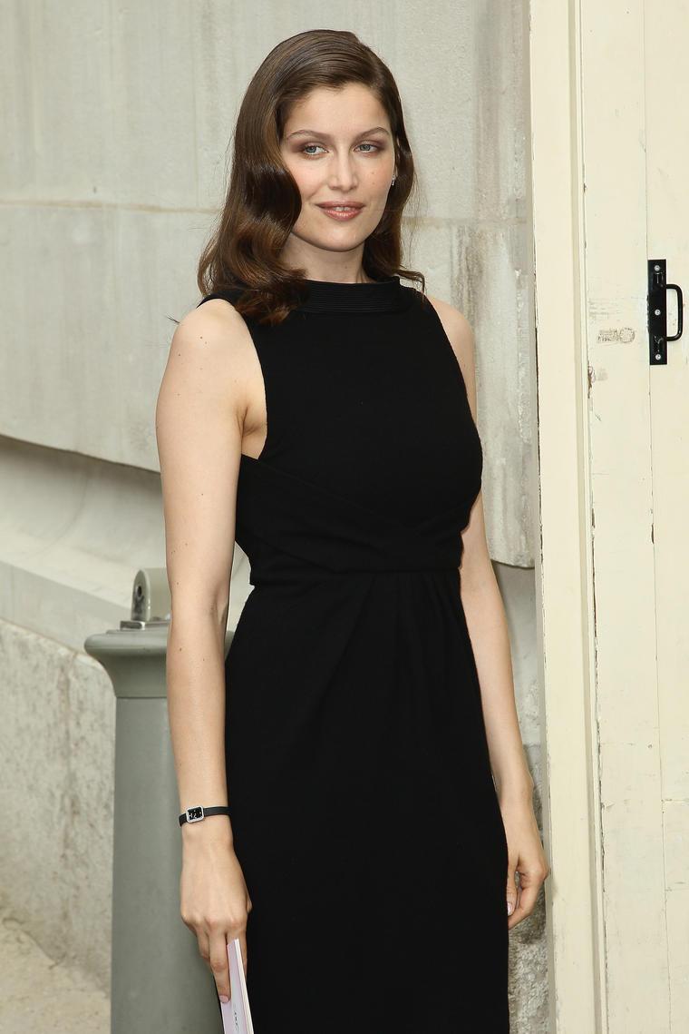 """Auch Topmodel Laetitia Casta würde man in Modelkreisen eher als klein bezeichnen. Die Französin misst """"nur"""" 1,70."""