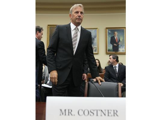 Kevin-Costner-29-525x400.jpg