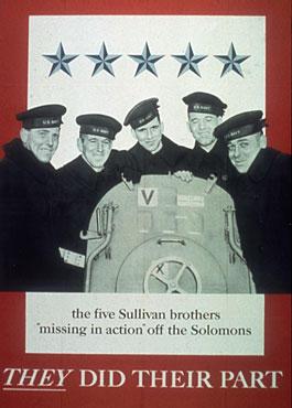 Die Sullivan-Brüder (Foto) dienten während des Zweiten Weltkriegs an Bord des Kreuzers USS Juneau. Sie waren neben den Niland-Brüdern eine Inspiration für den Hollywoodfilm. Die Niland-Brüder waren vier Brüder aus den USA, die in den US-Streitkräften dienten.