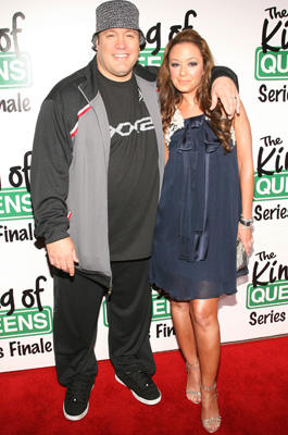 Kevin James & Leah Remini