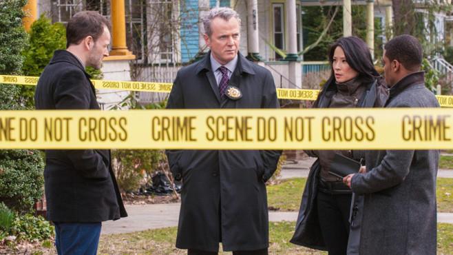 Aidan Quinn spielt in Elementary Captain Toby Gregson