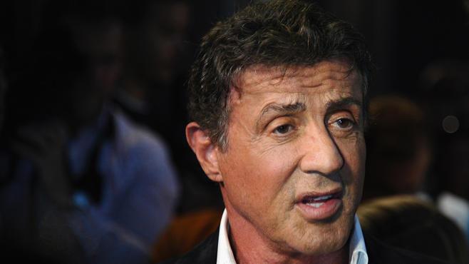 Sylvester Stallone, Bocky - Ein Mann steckt einen weg